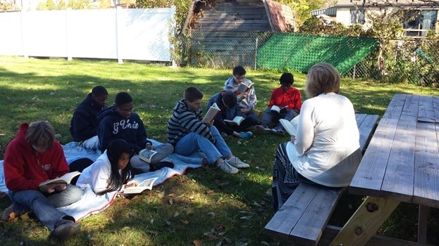 Outdoor reading class. Photo by Becky Smail